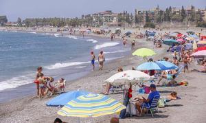 La playa con más ocupación de Motril