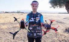 Un granadino, en la élite de las carreras de drones