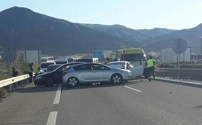 Nueve heridos, entre ellos una niña, en una colisión múltiple en Huelva