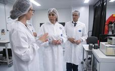 Díaz aboga por hacer de la ciencia en Andalucía su embajada en el exterior