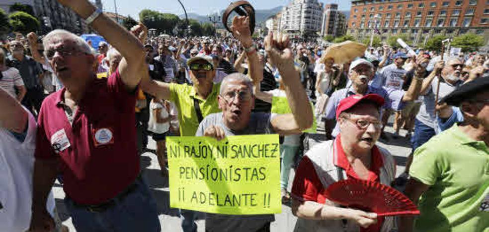 Los pensionistas recibirán este viernes un 'extra' de unos 100 euros de media por los atrasos