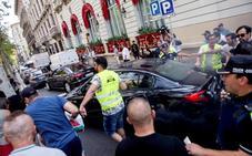 Uber y Cabify cesan temporalmente su actividad en Barcelona tras agresiones