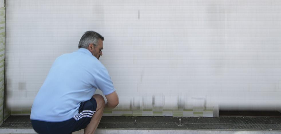 El pequeño comercio de Granada gana una tercera parte de lo que obtuvo en 2013, el peor año de la crisis
