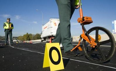 Cuatro accidentes dejan al menos tres heridos en Granada en la tarde del sábado