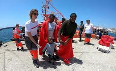 Más de 3.200 personas rescatadas en pateras ante las costas andaluzas en una semana
