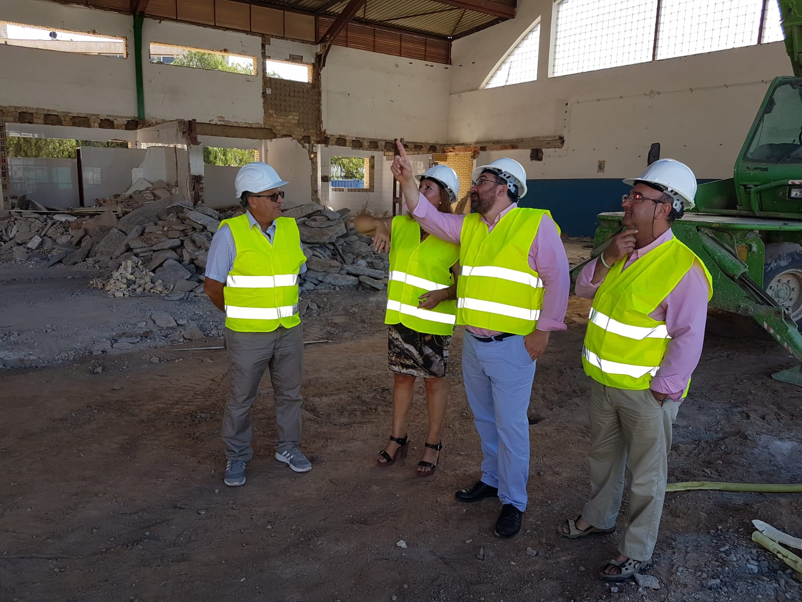 Educación invierte 740.000 euros en el IES Zafra: las obras no acabarán este verano