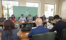 Instituciones y Endesa coordinan acciones frente a las consecuencias del cultivo masivo de marihuana en Granada