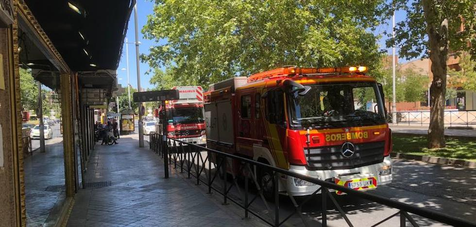 Incendio en un piso en la calle Fernando Rojas del barrio de la Plaza de Toros