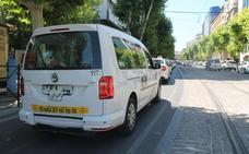 Los usuarios reclaman una modernización en el sector del taxi