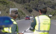 Dos detenidos en la A-4, en Bailén, tras darse a la fuga en un furgón con 300 kilos de hachís
