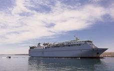 El Puerto de Motril consigue que se cambie el barco de Melilla para frenar la sangría de pasajeros