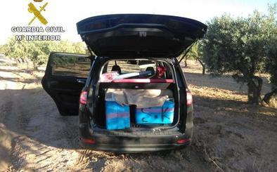 Interceptados 584 kilos de hachís y 390 gramos de marihuana en carreteras del norte de la provincia de Granada