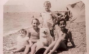 Mari Pepa Gómez: «Sacábamos el copo en la playa de Motril y mi madre freía el pescado en la choza para la cena»