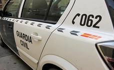 Encuentran el cadáver de un hombre enterrado en su patio en Córdoba