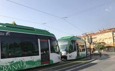 Remolcan hasta el taller un vagón del metro de Granada por una avería en la estación de Méndez Núñez