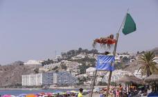 Las medusas dan una tregua a los bañistas: Buen día de playa en la mayor parte de la Costa