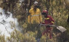 La reactivación de un foco obliga a nuevas intervenciones en el incendio de Nerva