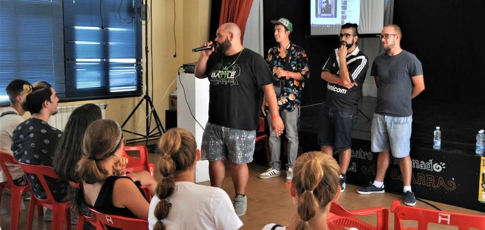 'Batallas de gallos' y 'combates' entre troveros en la II edición del 'Rapsodia Alpujarra Festival'