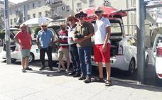 Los taxistas piden más toldos y espacios de sombra en las paradas