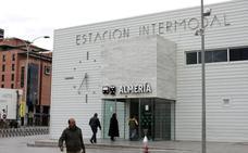 Detenido un italiano tras robar a un turista el móvil y el DNI en la Estación Intermodal