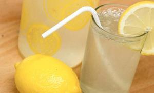Atracan un puesto de limonada de un niño de 9 años en Carolina del Norte amenazándole con un pistola