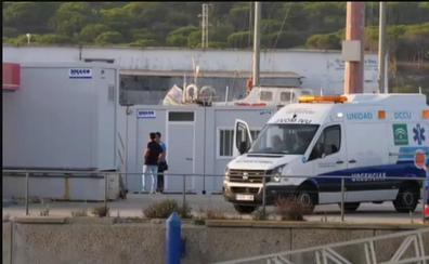Muere un niño de cuatro años que quedó a la deriva con una colchoneta de playa en Cádiz