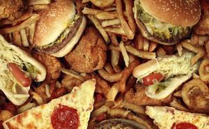 El efecto 'drunchie': relacionan la resaca con malos hábitos alimenticios