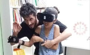 La Semana de la Ciencia de Cruz Roja muestra la realidad virtual