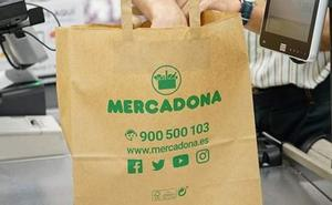 Mercadona eliminará todas las bolsas de plástico en sus supermercados el año que viene