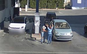 Golpean en la cabeza a la empleada de una gasolinera en Granada y se llevan 6.500 euros