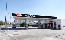 Atracan otras tres gasolineras en un solo día a punta de pistola, en Granada capital y el Cinturón