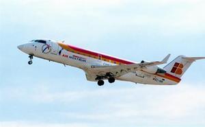 Air Nostrum seguirá operando el vuelo Sevilla-Almería con un contrato de 8,8 millones