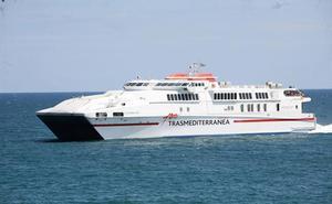 Trasmediterranea refuerza la ruta Almería-Melilla con un buque de alta velocidad