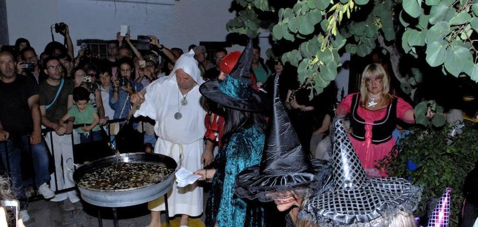 Las brujas 'toman' Soportújar