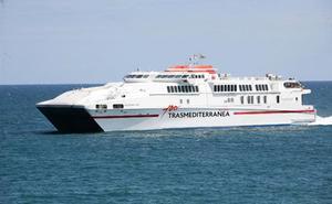 Trasmediterránea refuerza en agosto la ruta Almería-Melilla-Almería en ferry