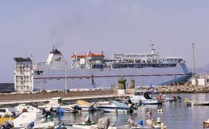 El puerto permite a Armas 'realquilar' la terminal a cambio de un barco rápido