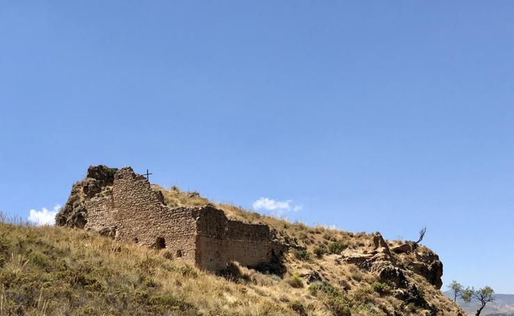 El castillo de Zoraida y Muley Hacén y los senderos del agua