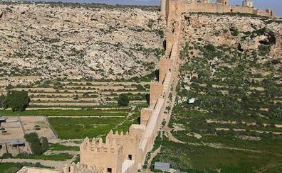 955: Abderramán III traslada la capitalidad de Pechina a Almería