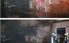 El incendio de un transformador afecta al suministro de casi todo el barrio de Regiones en Almería