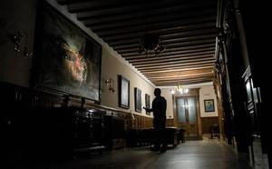 Los secretos del Ayuntamiento de Granada cuando se cierran las puertas