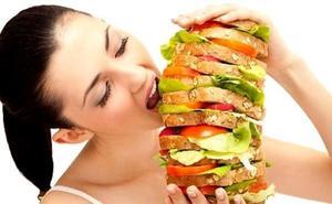 Los alimentos que debes incluir en tu dieta si quieres mantener la línea en verano