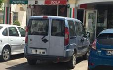 Con el coche oficial de Jamilena en la costa almeriense