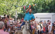 Las carreras de cintas a caballo, reclamo cultural y turístico en las fiestas de Güéjar