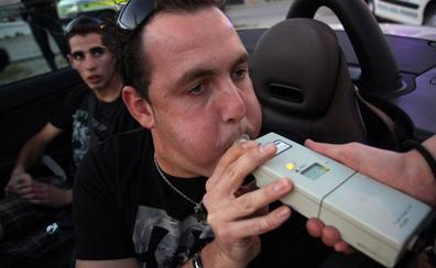 Nueve conductores dan positivo en alcohol y drogas en controles nocturnos hechos en la capital