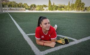 Alba Pérez Manrique: «En la sombra del Estadio recupero las fuerzas»