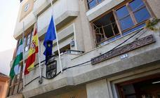 Banderas a media asta en Dúrcal por el crimen machista
