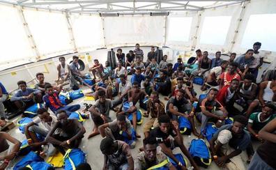 El Gobierno se resiste a acoger esta vez a los 141 inmigrantes del 'Aquarius'