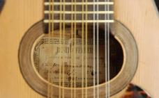 Guitarras granadinas hechas en Japón