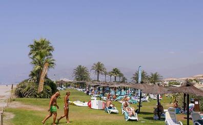 Los hoteles de la Costa rozarán el lleno en la recta final de verano