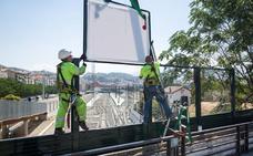 Instalan la pantalla 'antivandálica' en el puente de camino de Ronda